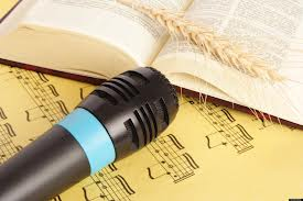 Gods word speaks loud...needs no mic. You can hear it loud and clear! Let it speak to you. Let it be music to your ears. Thank you God for your word!!